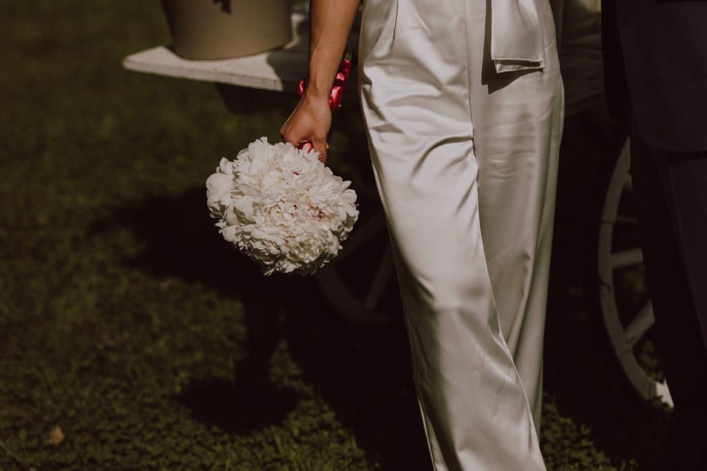 detail of the wedding bouquet in the hands of the bride